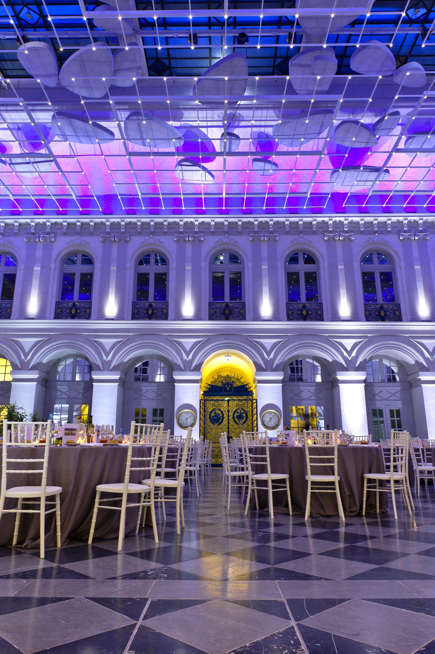 Atrium d ner bordeaux palais de la bourse l 39 espace de for Atrium coeur