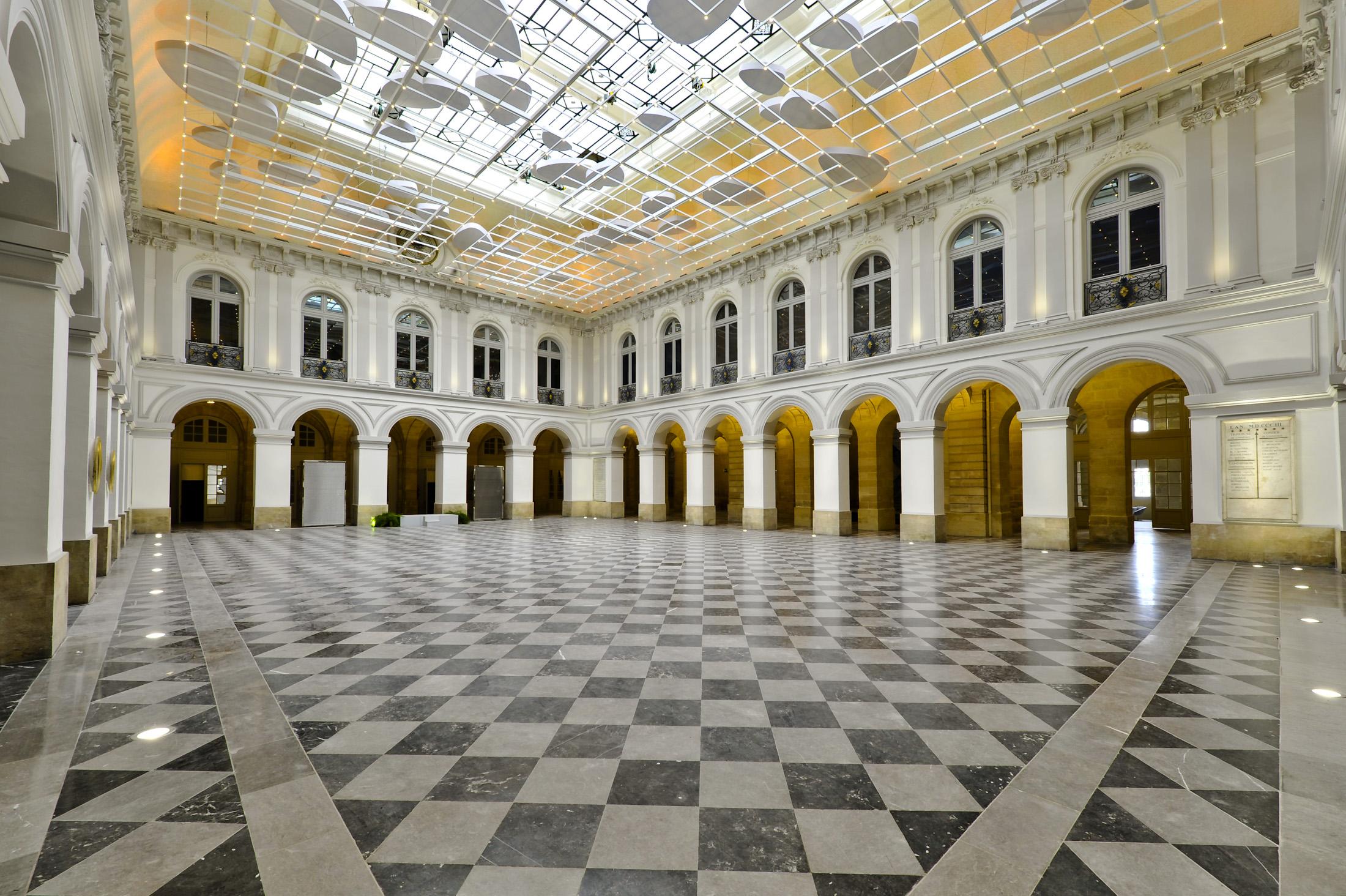 Atrium bordeaux palais de la bourse - Chambre de commerce bordeaux recrutement ...