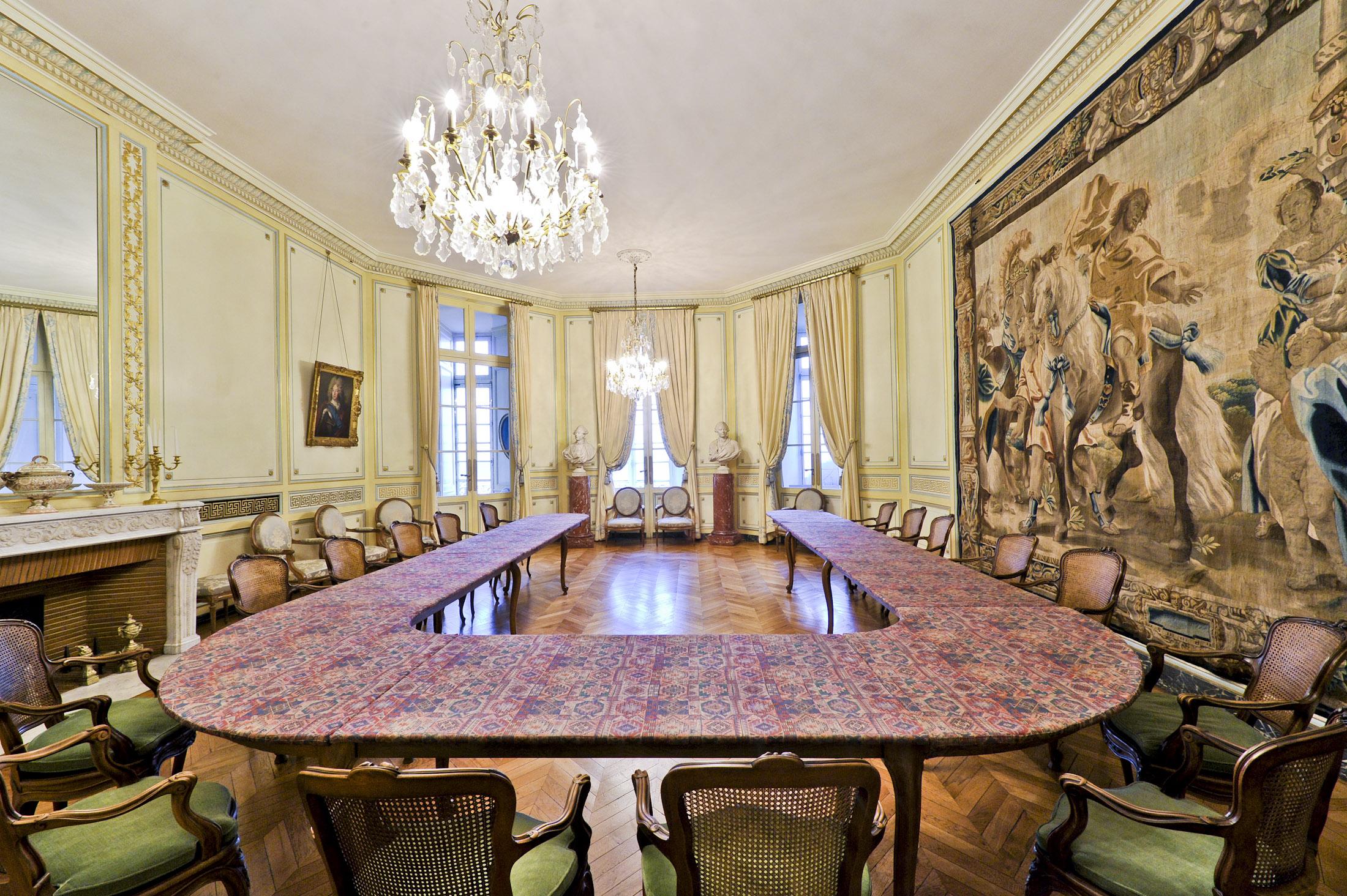 Salon bleu r union bordeaux palais de la bourse l for Salon the bordeaux